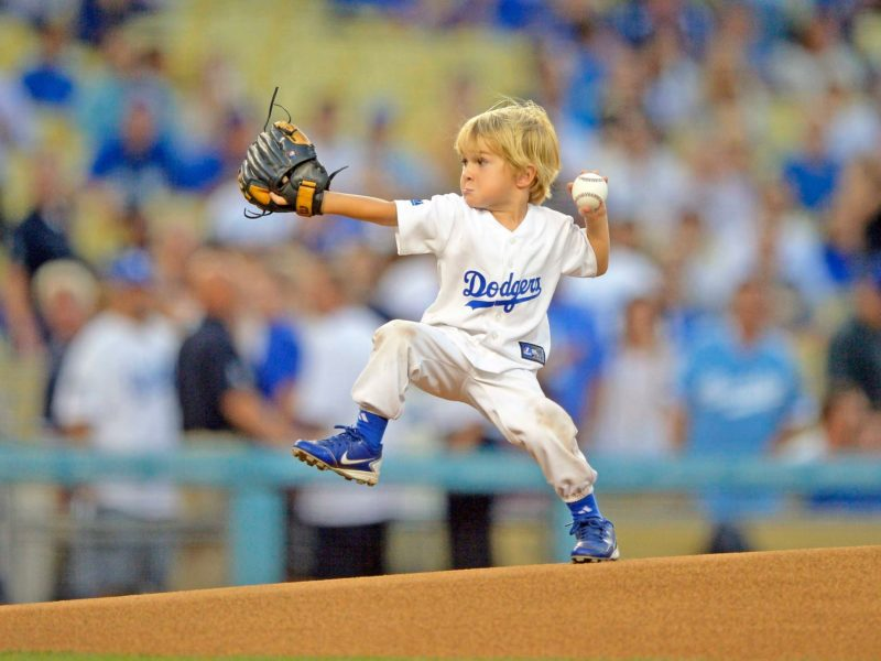 dodgers-first-pitch